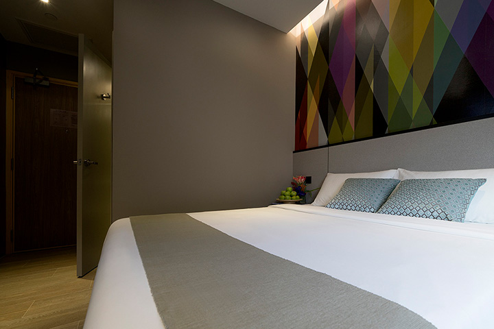 Superior Double Room at Hotel Mi Singapore, 41 Bencoolen Street